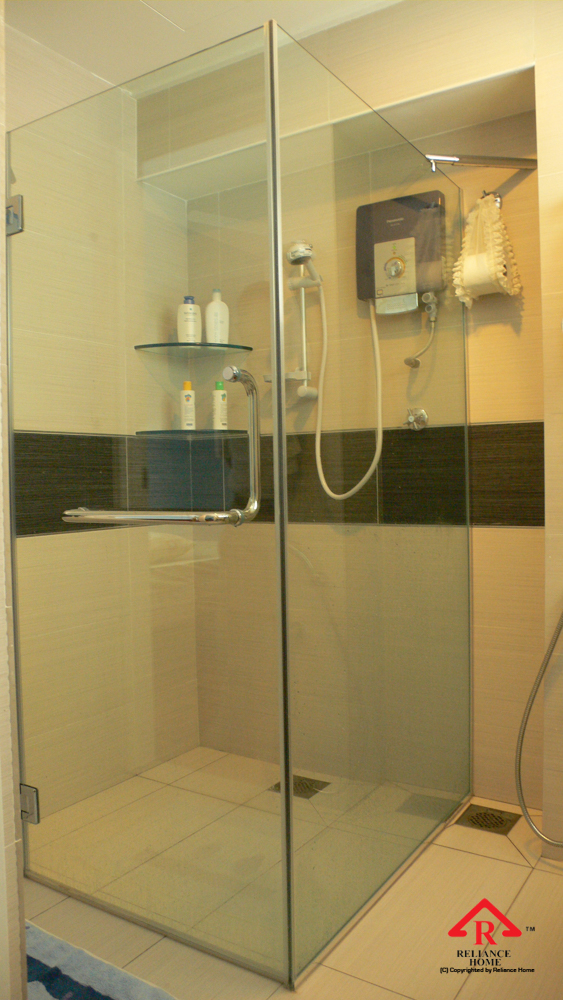 Reliance Home REH100 frameless shower screen-2