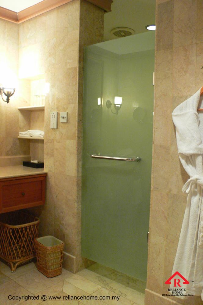Reliance Home REH100 frameless shower screen-7