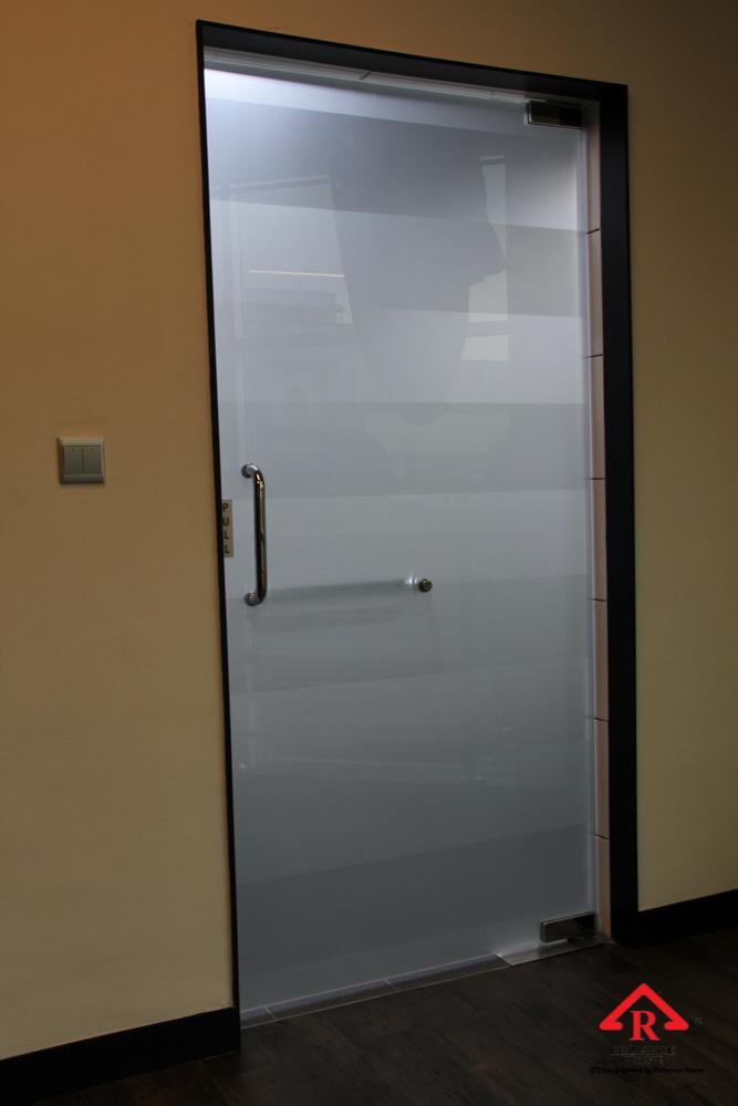Reliance Home VVP glass door-10