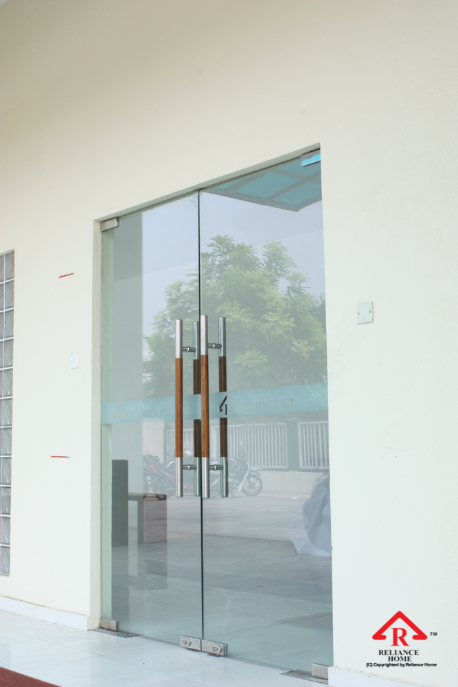 Reliance Home VVP glass door