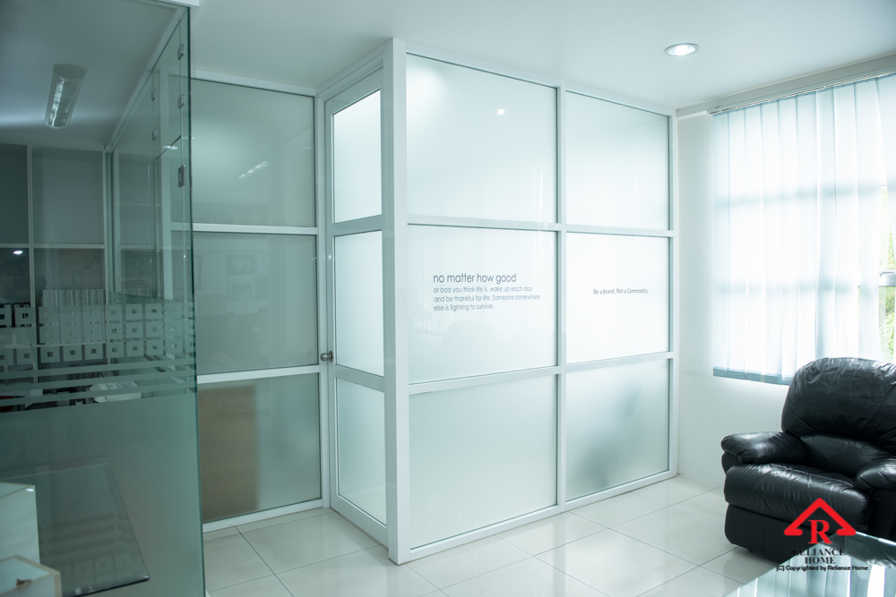 Aluminium Glass Partition Reliance Home
