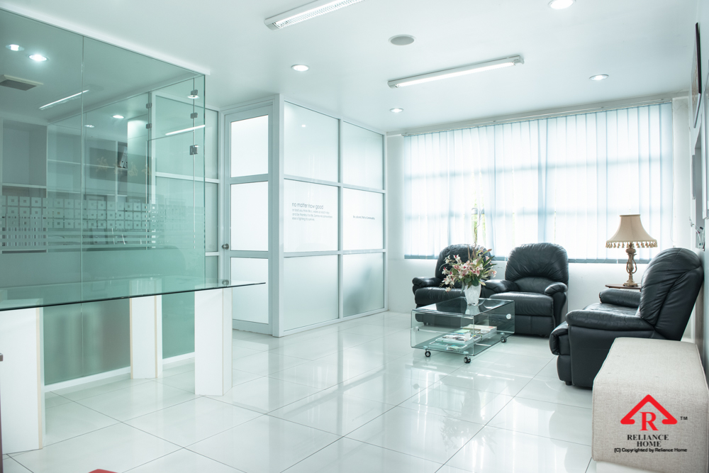 Reliance Home auminum glass partition-26