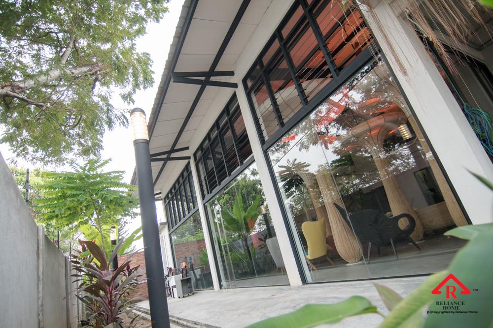 Reliance Home glass swing door-18