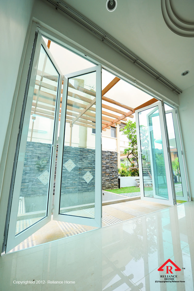 Reliance Home multifolding door-98