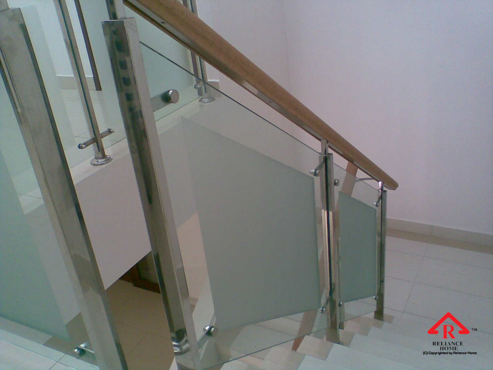 Reliance Home staircase glass-4