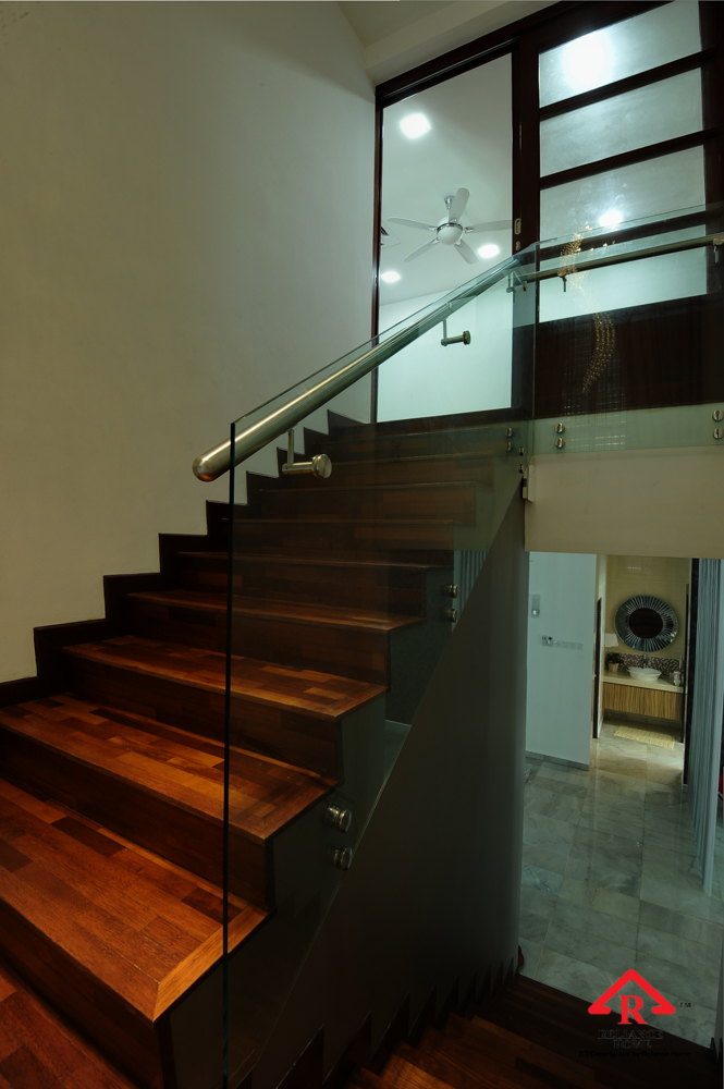 Reliance Home staircase glass class clip type-16