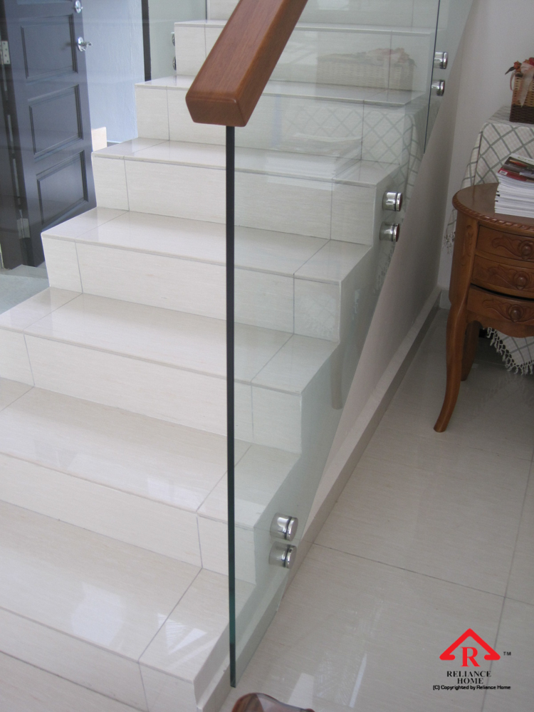 Reliance Home staircase glass class clip type-20
