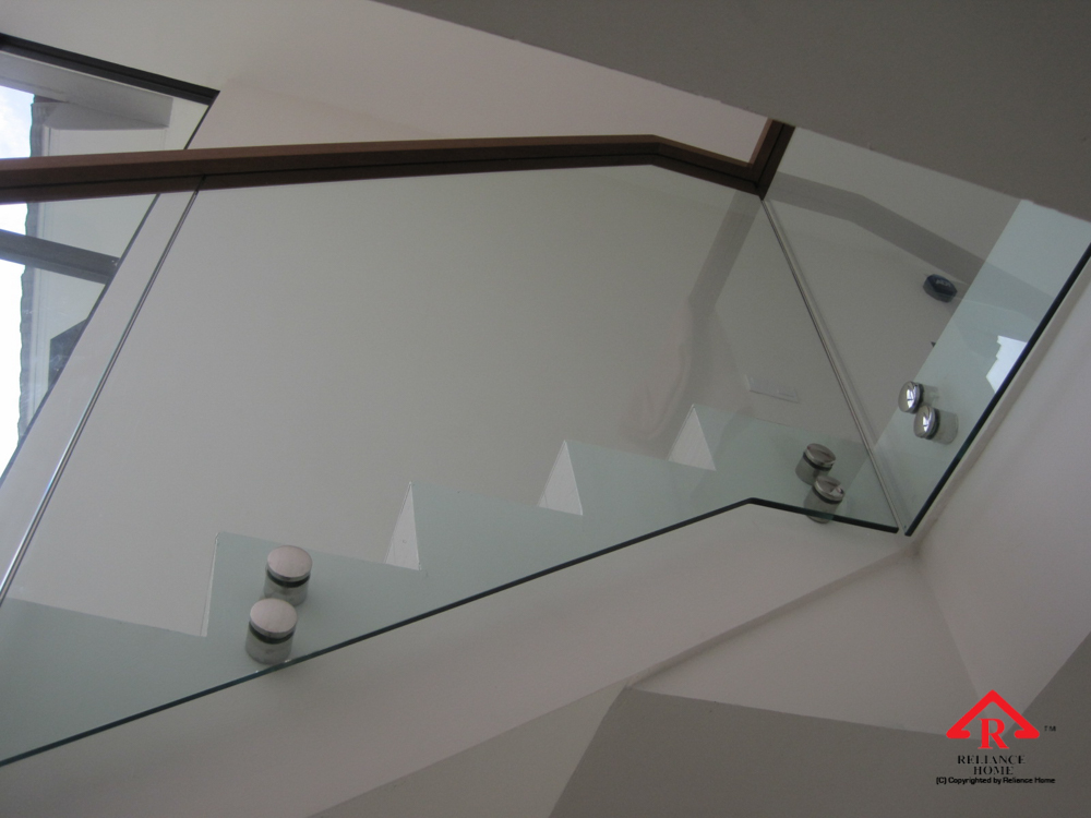 Reliance Home staircase glass class clip type-22
