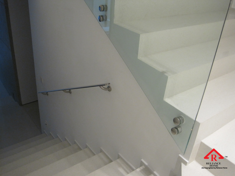Reliance Home staircase glass class clip type-26