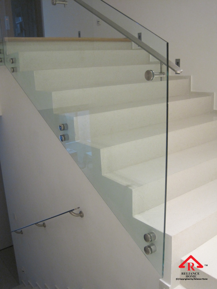 Reliance Home staircase glass class clip type-27