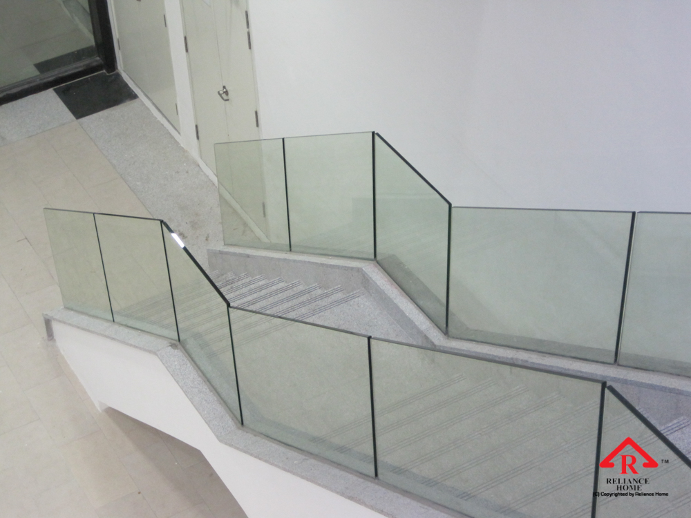 Reliance Home staircase glass embedded U channel-12