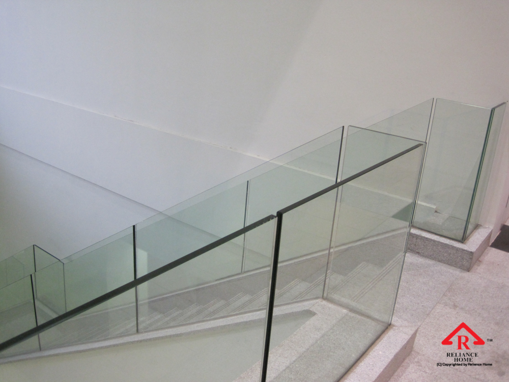 Reliance Home staircase glass embedded U channel-14
