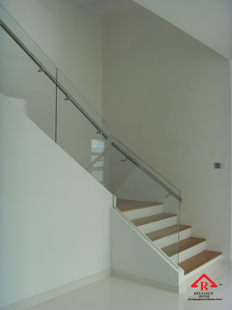 Reliance Home staircase glass embedded U channel-16