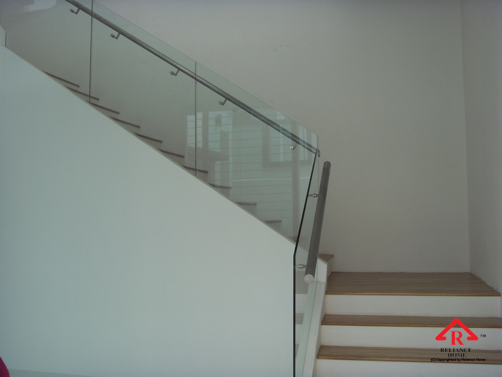 Reliance Home staircase glass embedded U channel-18