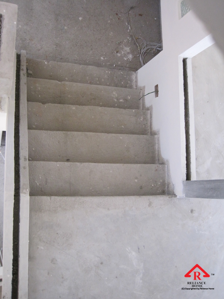 Reliance Home staircase glass embedded U channel-20