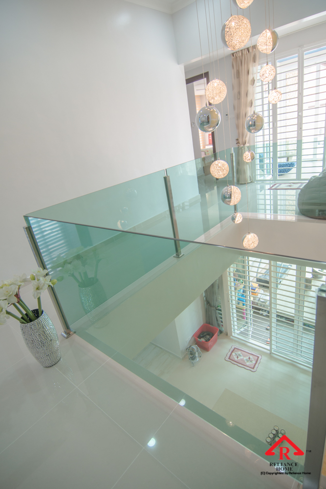 Reliance Home staircase glass embedded U channel-28