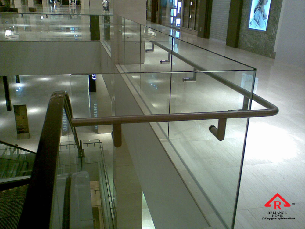 Reliance Home staircase glass embedded U channel-4