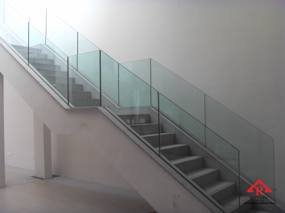 Reliance Home staircase glass embedded U channel-5