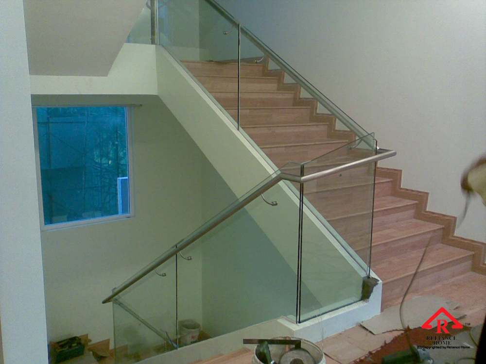 Reliance Home staircase glass embedded U channel-6