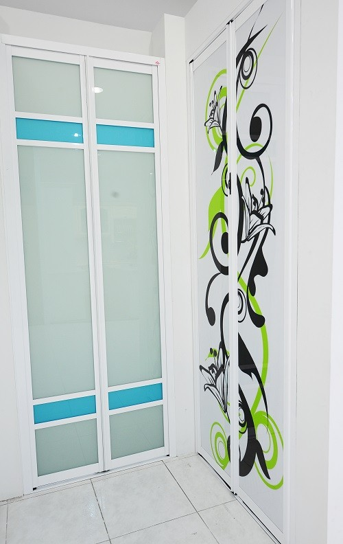 bifold door, folding door,bifold doors, aluminum bifold doors, bifold door price, bifold door malaysia, folding door
