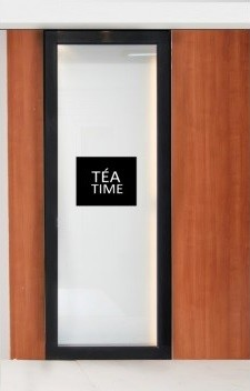 door-sticker-teatime-235x352