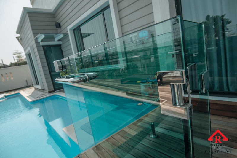 swimming pool glass-11