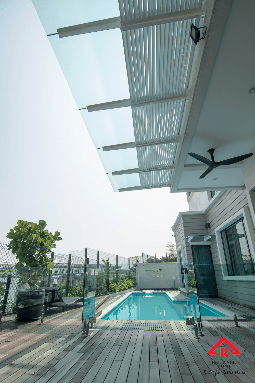 swimming pool glass-2