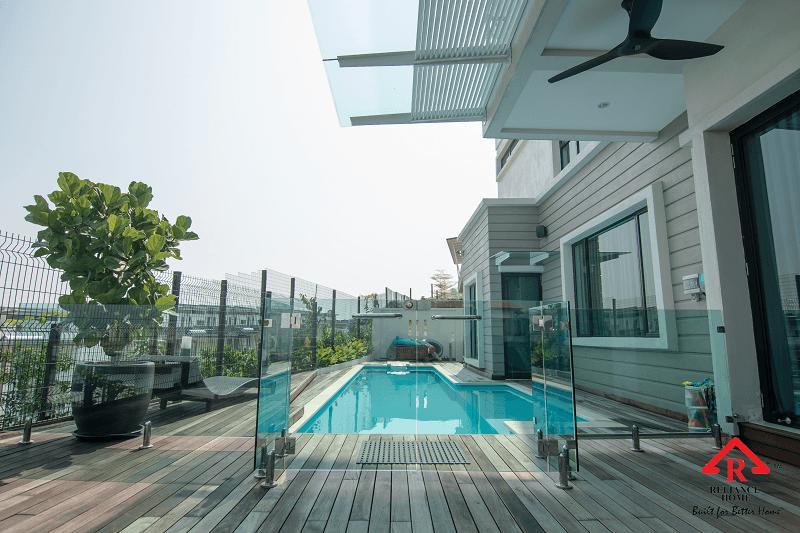 swimming pool glass