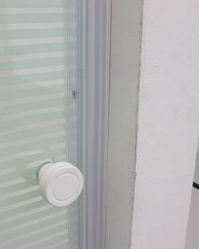 5018WP-rubber-seal-shower-screen