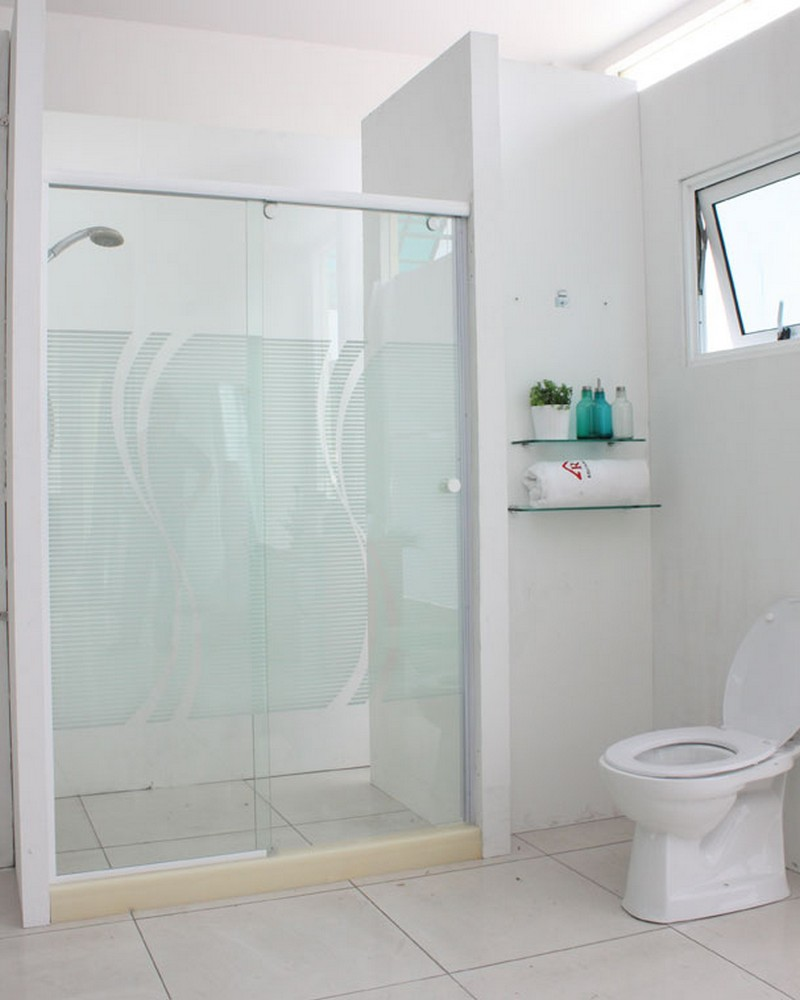 5018WP-shower-screen-1
