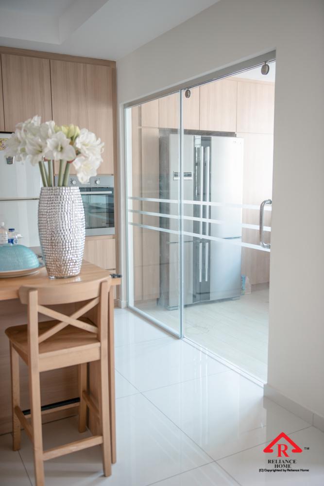Reliance Home TG800 frameless sliding door-21