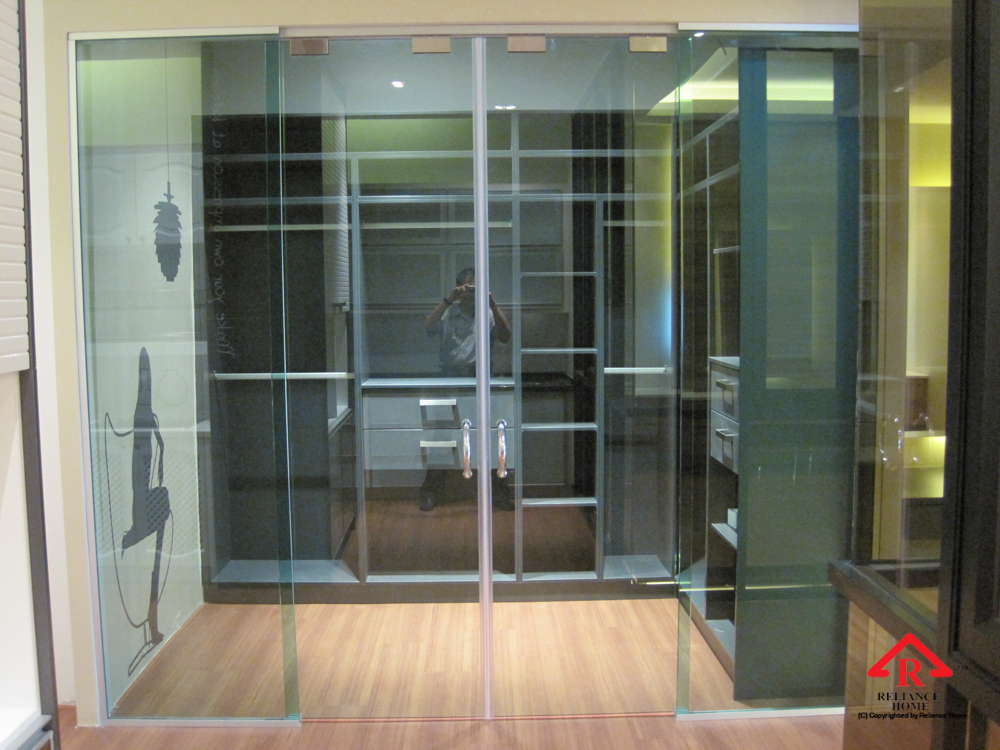 Reliance Home TG800 frameless sliding door-4