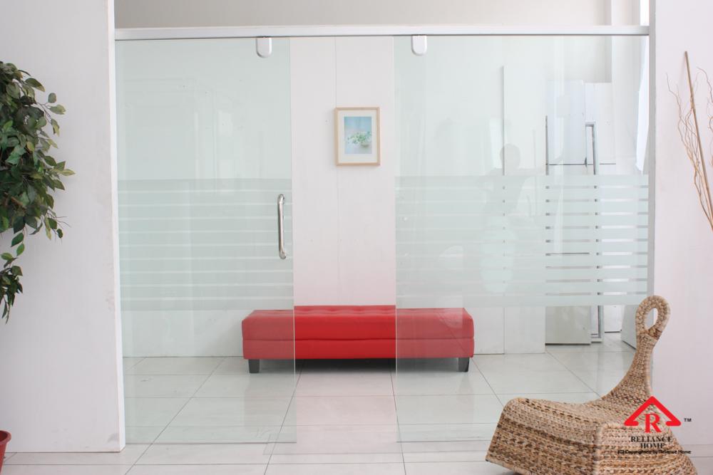 Reliance Home TG800 frameless sliding door