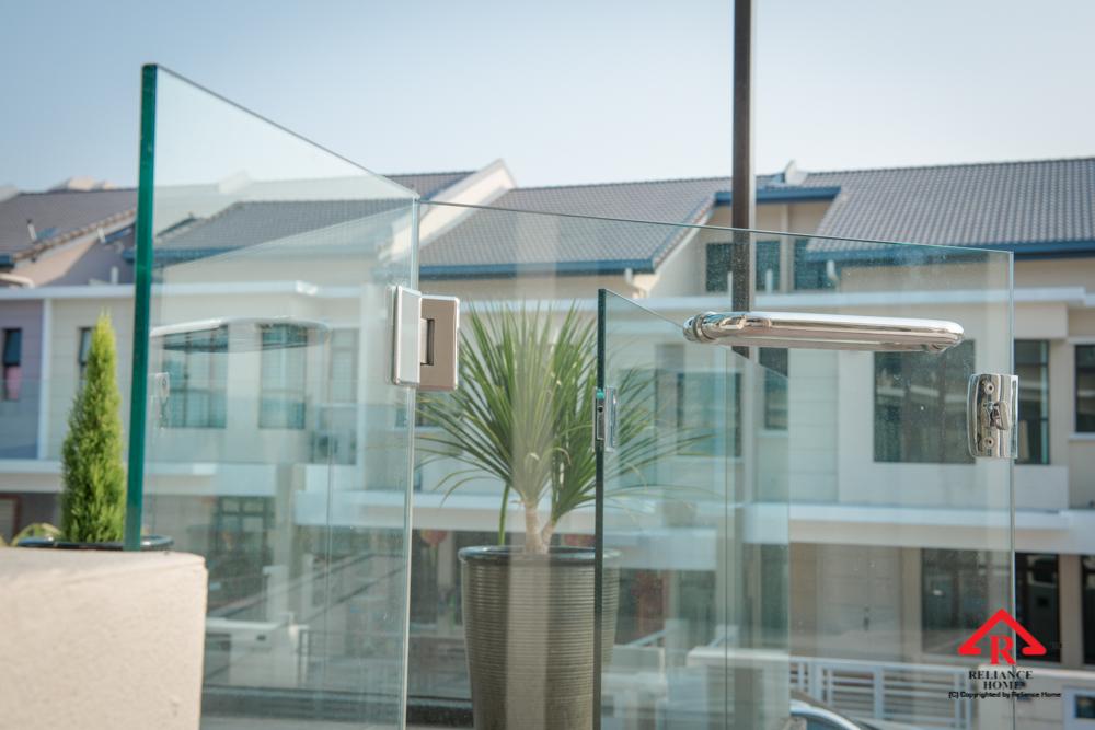 Reliance Home balcony glass U-channel type-104