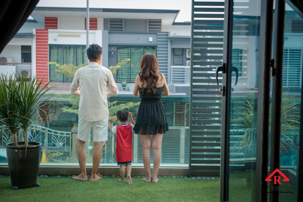 Reliance Home balcony glass U-channel type-112
