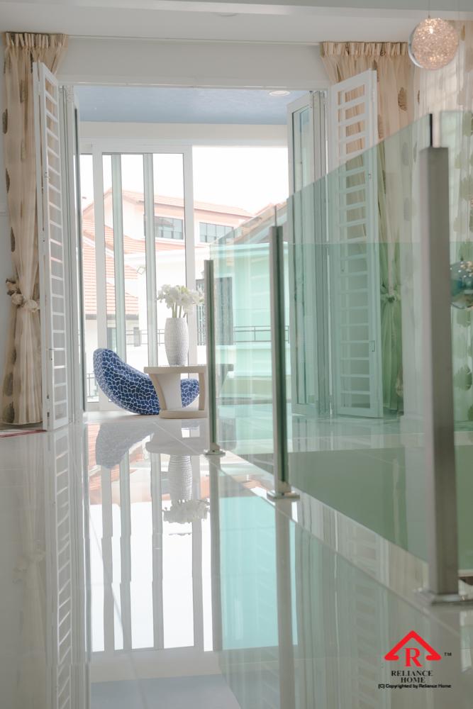 Reliance Home balcony glass U-channel type-121