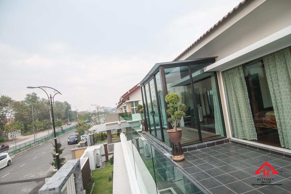 Reliance Home balcony glass U-channel type-126