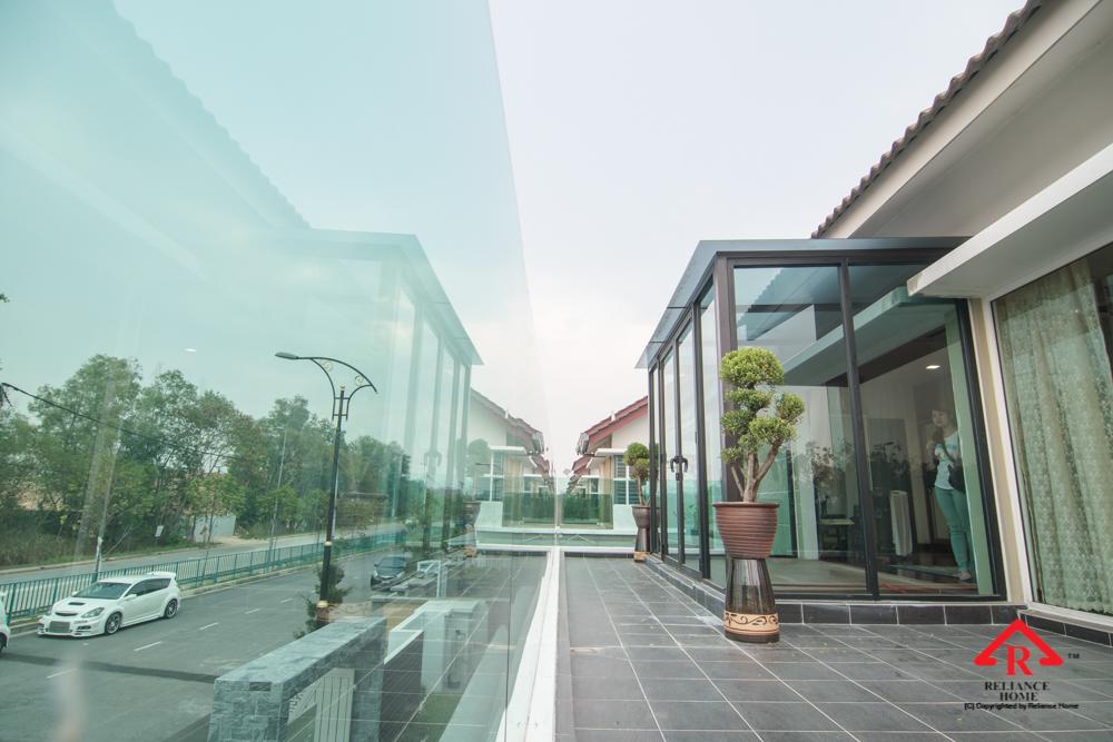 Reliance Home balcony glass U-channel type-128