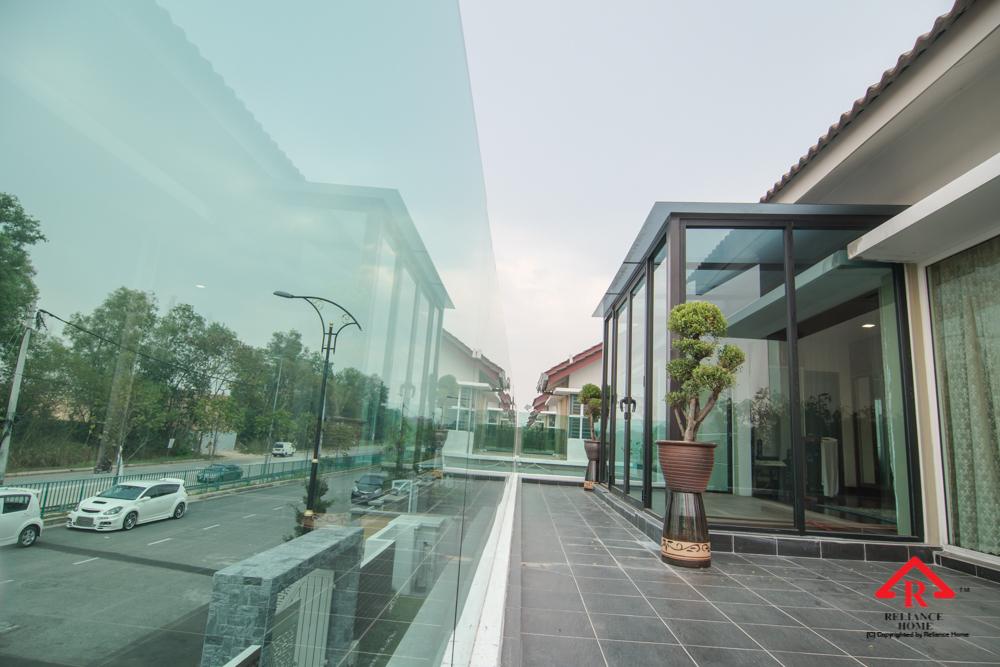 Reliance Home balcony glass U-channel type-129