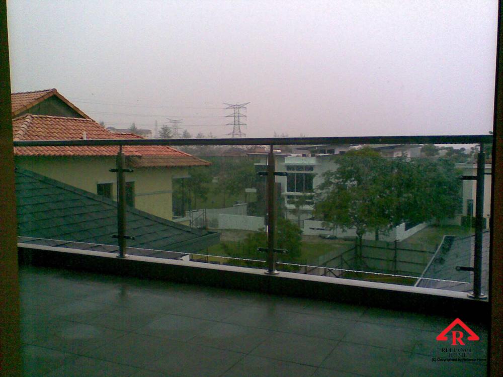 Reliance Home balcony glass U-channel type-2