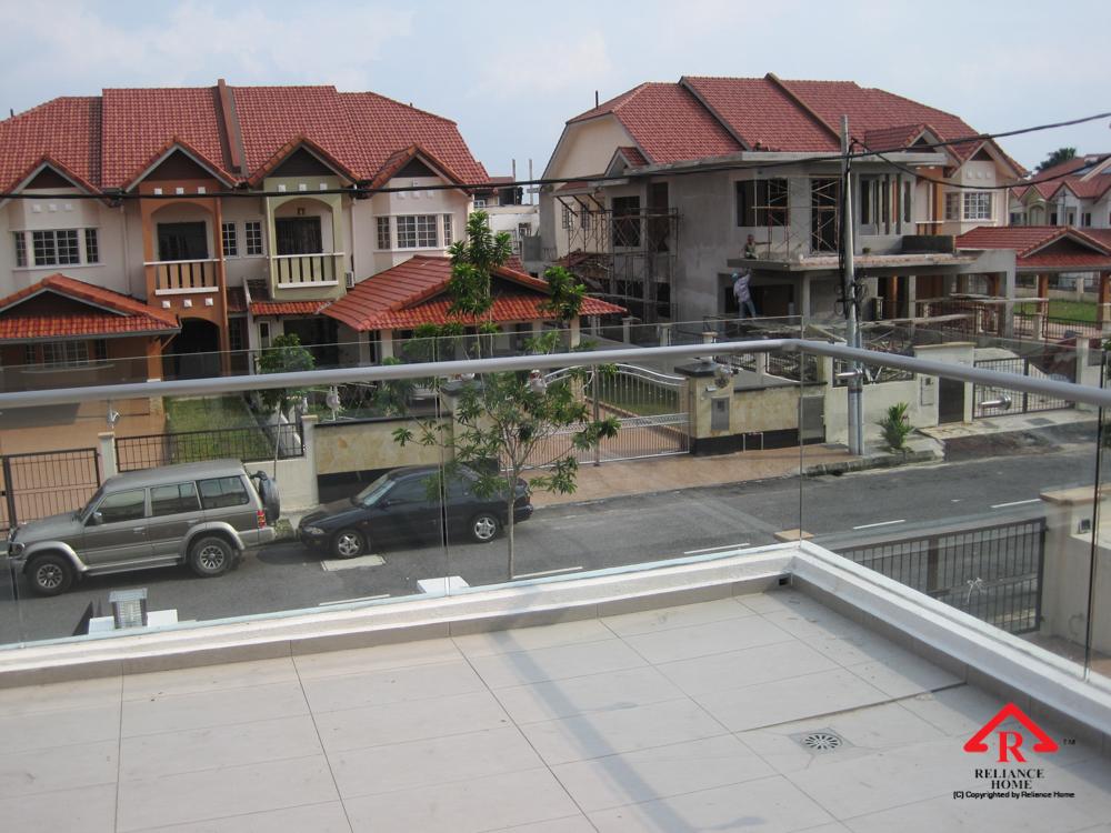 Reliance Home balcony glass U-channel type-39