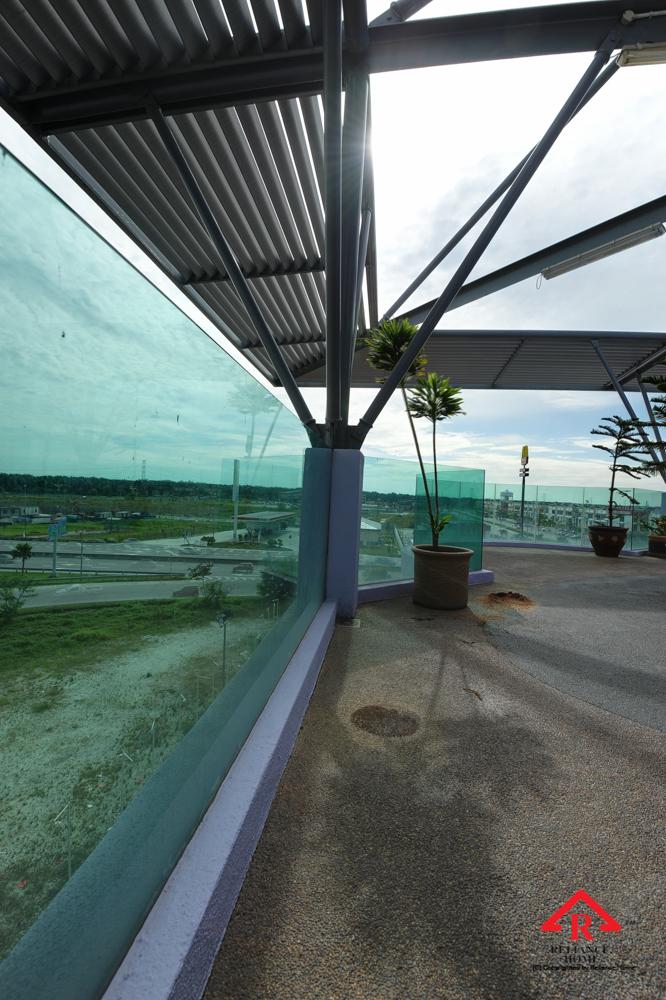 Reliance Home balcony glass U-channel type-52