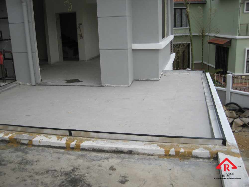 Reliance Home staircase glass under construction photos-15