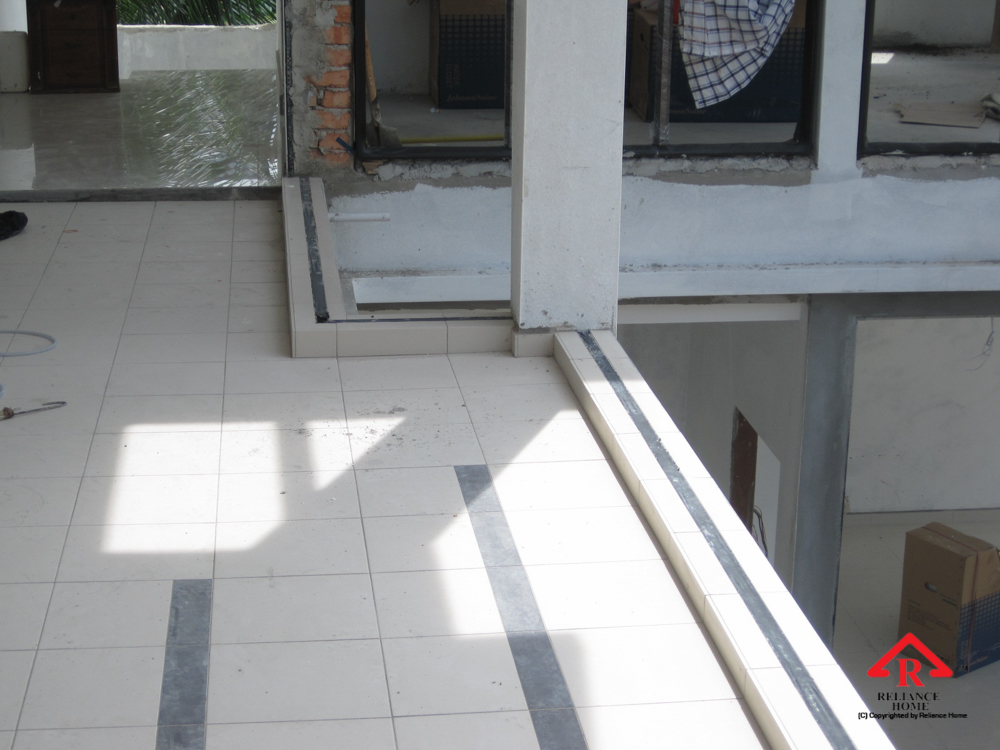Reliance Home staircase glass under construction photos-24