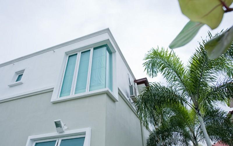 corner-casement-window