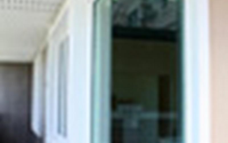 house-window-corner-thumbail