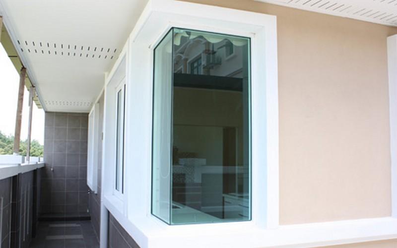 house-window-corner