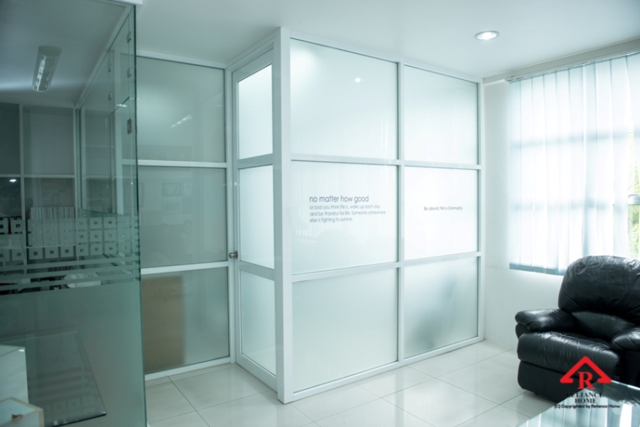 glass partition, partition wall, office wall, office design, office glass wall, dividing hall,divider wall,room divider, aluminium frame, room dividers,room partition,partition office, office partitions, room dividers, partitions,