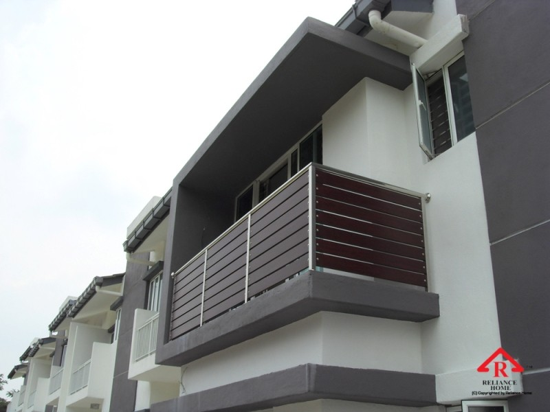 reliance-home-balcony-aluminum-fencing-2