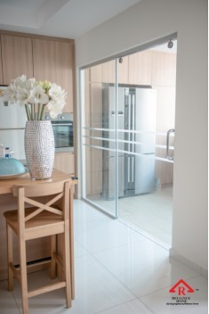 reliance-home-tg800-frameless-sliding-door-14-235x352